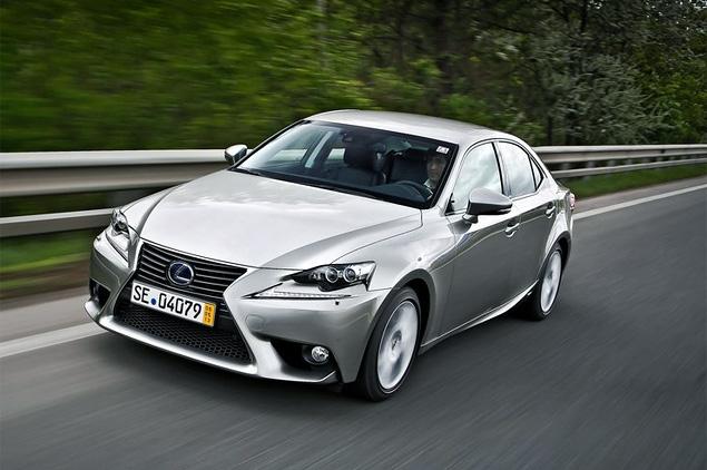 Почему новый Lexus IS не сможет переманить покупателей у немецких конкурентов. Фото 9