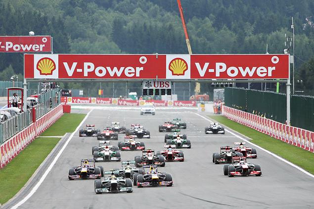 Себастьян Феттель завоевал пятую победу в сезоне Формулы-1. Фото 2