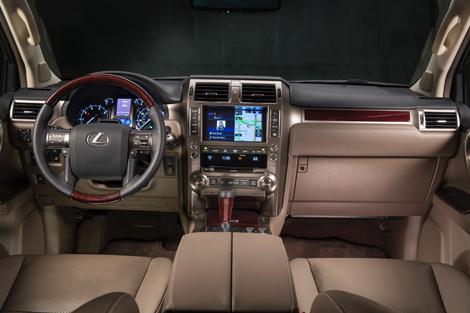 Lexus GX получил новую внешность и сохранил 305-сильный мотор V8. Фото 1