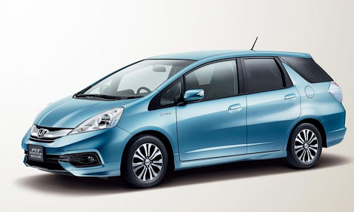 Обновленный универсал Honda Fit получил иной дизайн передка. Фото 1