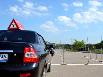 МВД обяжет учеников автошкол проходить два курса вождения