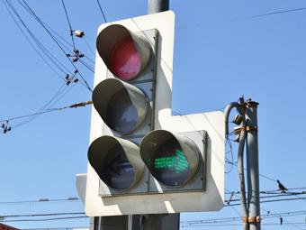 Москва купит тысячу мобильных светофоров