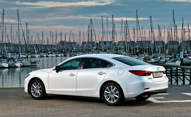 Есть ли смысл в «топовой» Mazda6 с мотором 2.5?. Фото 1