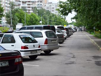 Автомобили стали для россиян предметами первой необходимости