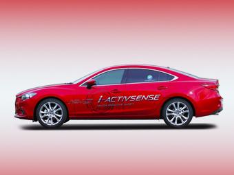 """Mazda научит машины """"общаться"""" с трамваями"""