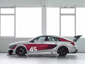 Mercedes-Benz подготовил седан CLA для гонок