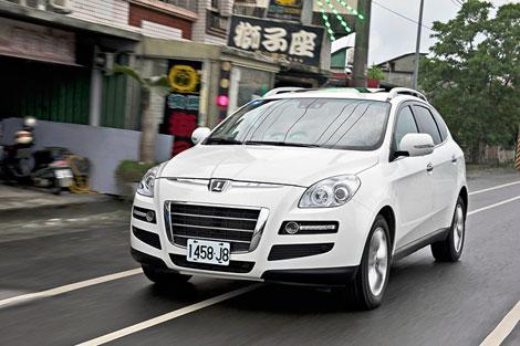 Вседорожник Luxgen7 предлагается с одним мотором и в трех комплектациях. Фото 1