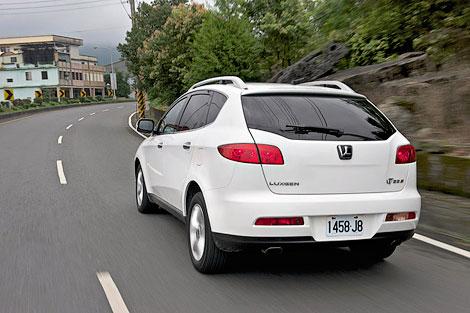 Вседорожник Luxgen7 предлагается с одним мотором и в трех комплектациях. Фото 2