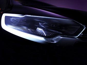 Компания Renault показала фару премиального концепт-кара