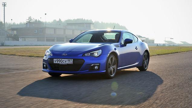 Кто быстрее - заднеприводное купе или переднеприводный универсал?