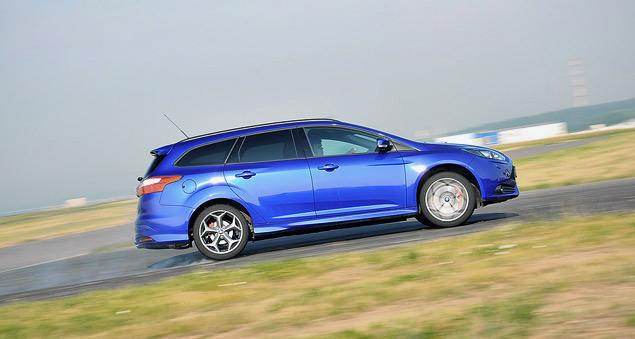Кто быстрее - заднеприводное купе или переднеприводный универсал?. Фото 3