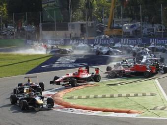 Даниил Квят выиграл гонку GP3 в Монце