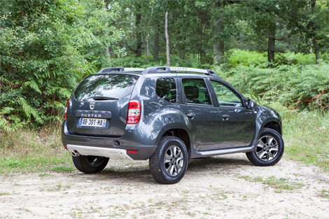 У Dacia Duster после обновления появился новый экстерьер и салон. Фото 2