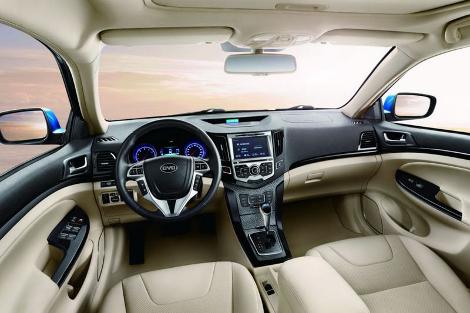 Компания BYD выведет на российский рынок кроссовер и два седана. Фото 2