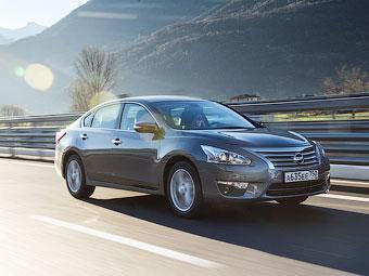 Nissan показал новую «Теану» для России