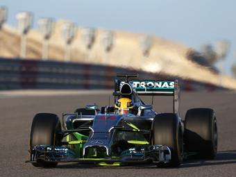 Пилоты Williams и Mercedes стали лучшими на тестах в Бахрейне