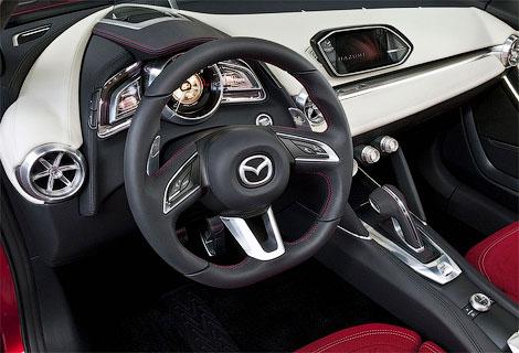 В Женеве дебютировал прототип Mazda Hazumi. Фото 2