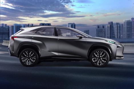 Lexus NX будет предлагаться с гибридной установкой и турбомотором