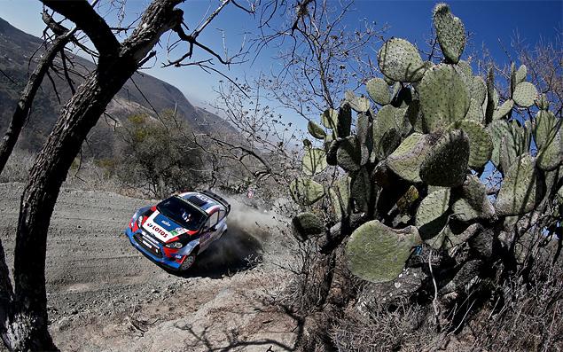 Себастьен Ожье вышел в лидеры WRC. Фото 1