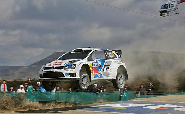 Себастьен Ожье вышел в лидеры WRC. Фото 3
