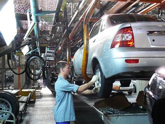 «АвтоВАЗ» и «КАМАЗ» получат от «Ростеха» 116 миллиардов рублей