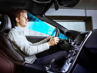 Автомобили Volvo научатся узнавать водителей