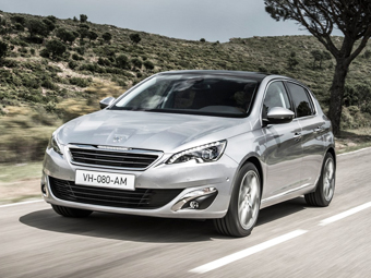 Рабочим Peugeot придется больше трудиться из-за хэтчбека 308