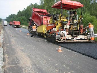 На российские дороги в 2014 году потратят 142 миллиарда рублей