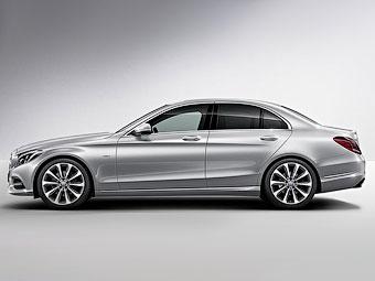 """У Mercedes-Benz C-Class появилась """"стартовая"""" спецверсия"""