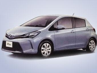 В Сети появились изображения обновленного хэтчбека Toyota Yaris