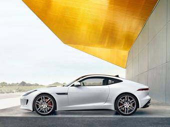 Jaguar сделает трековое купе F-Type