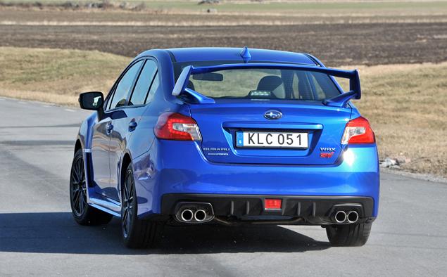 Знакомимся с новой Subaru WRX STI, сделавшей шаг назад и два вперед. Фото 9
