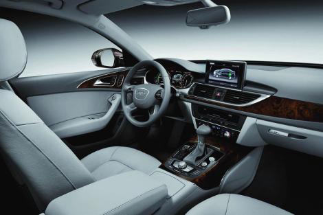 Седан Audi A6 L e-tron сможет проехать на электротяге 50 километров. Фото 2
