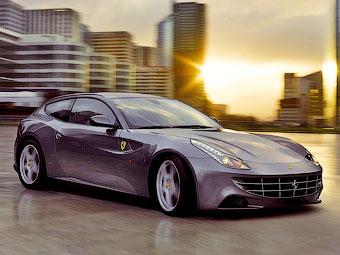 Ferrari заменит суперкару FF кузов