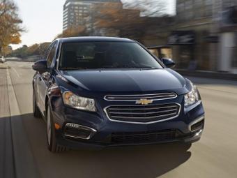 Компания Chevrolet обновила седан Cruze
