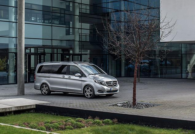 """Тест-драйв минивэна Mercedes-Benz V-Class, который мечтает стать """"эс-классом"""". Фото 2"""