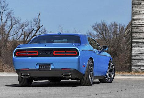 Купе Challenger обновилось и дебютировало в Нью-Йорке. Фото 4