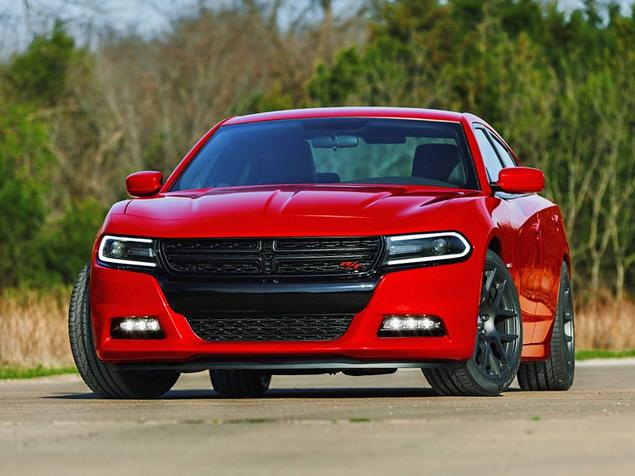 Dodge провел рестайлинг седана Charger