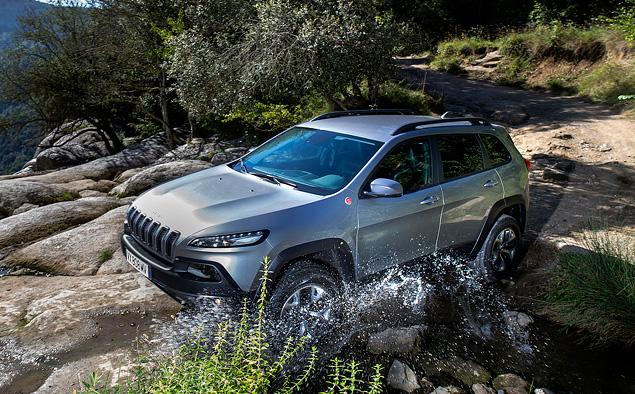 Знакомимся с новым Jeep Cherokee, в котором внешность – не главное. Фото 4