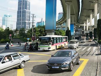Китайцы помогут сделать машины Volvo безопаснее