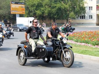 """Москва отказалась пускать мотоциклистов на """"выделенки"""""""