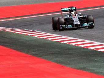 Победителем Гран-при Испании стал Льюис Хэмилтон