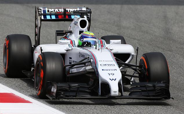 Льюис Хэмилтон вырвал лидерство в Формуле-1 у Нико Росберга. Фото 3