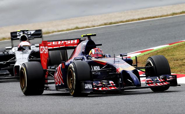 Льюис Хэмилтон вырвал лидерство в Формуле-1 у Нико Росберга. Фото 5