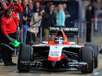 Чемпионы мира уступили аутсайдеру на тестах Формулы-1 в Испании
