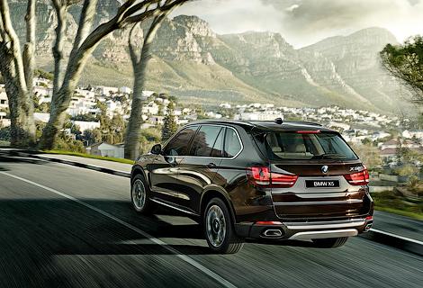 """На """"Автоторе"""" начали собирать одну бензиновую и три дизельные версии X5"""