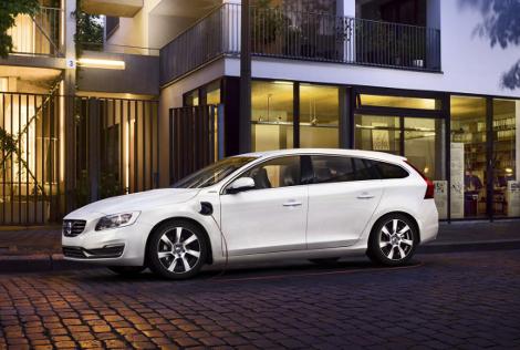 Стартовали продажи дизель-электрического Volvo V60