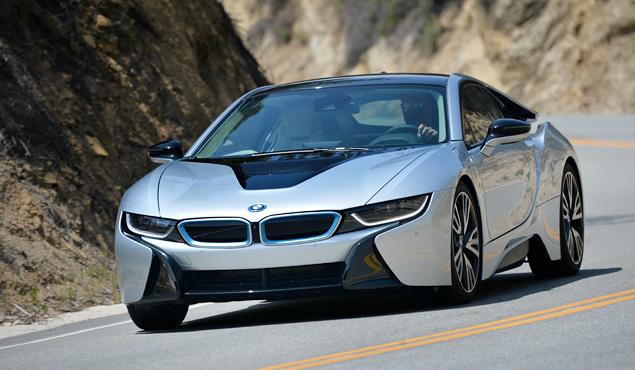 Первый тест футуристичного спорткара BMW i8. Фото 11