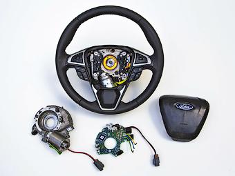 «Форд» представил систему адаптивного рулевого управления