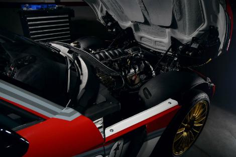 Купе оснастили двигателем от Chevrolet Corvette. Фото 1